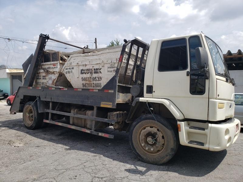Prestadora de Locação de Caçamba de Entulho com Caminhão Jurubatuba - Locação de Caçamba de Entulho com Caminhão
