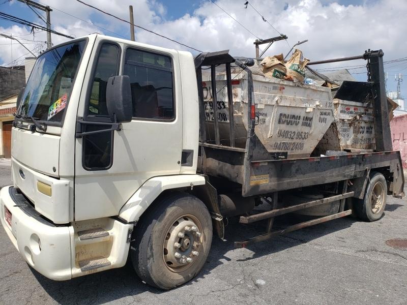 Prestadora de Locação de Caçamba de Entulho para Construtora Santo Amaro - Locação de Caçamba de Entulho com Caminhão